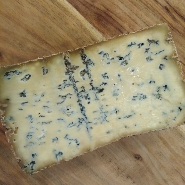 Cheese_maker_Craggy_Range_Blue_small